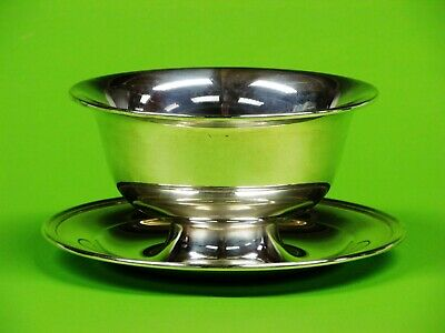 Gorham  Sterling Silver Gravy Bowl w/ Attached Under plate.