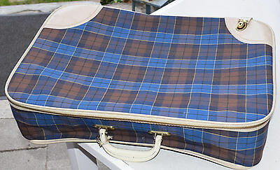 Suitcase Rockabilly 50s 60s with Key Vintage Midcentury
