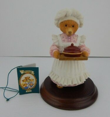 Dept 56 The Upstairs Downstairs Bears Mrs Bumble Rules Over The Kitchen w/Box 12