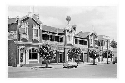 Victoria CASTERTON Albion Hotel 1981 modern digital Photo Postcard