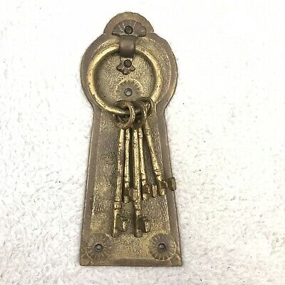 Vtg Brass Key Door Knocker Hollywood Regency Keys