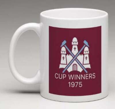 WEST HAM FC Retro WHU Club Badge Personalised 1975 CUP Football Mug Gift  MWHU4