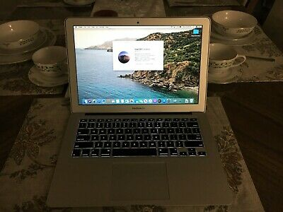 Apple MacBook Air 2015 13-inch 1.6GHz i5 4GIG 128GB SSD  Mint Condition