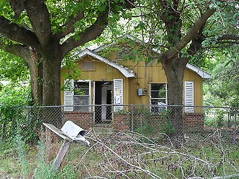INVESTORS! **8-PROPERTY** BULK AUCTION - GREAT DEAL! **NO FEE and NO RESERVE**