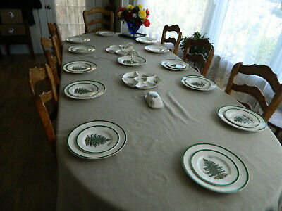 Spode Christmas Tree England Set for 12 with 4 Serving Pieces                4-5