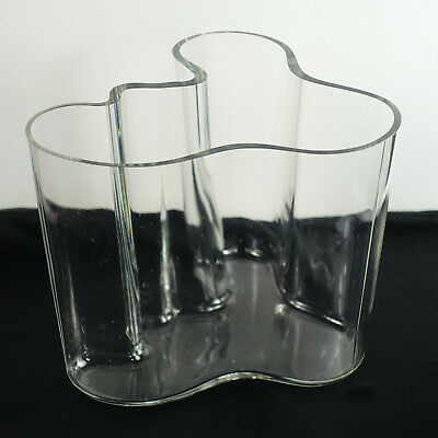 """Alvar Aalto Vase Clear 160 mm 1984 Edition Classic Wave Bent Glass 6 3/8"""" tall"""