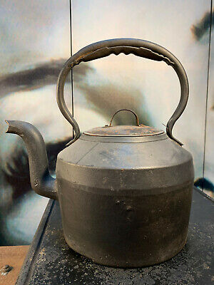 Antique 19th Century English Clark Co Cast Iron Country Kitchen 4 Quarts Kettle