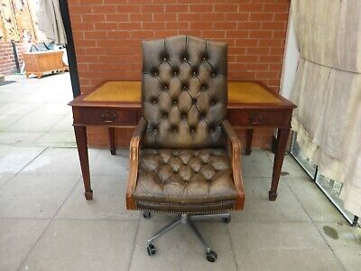 A  Twin Pedestal Green Leather Inlay Desk And Chair ***DELIVERY AVAILABLE***