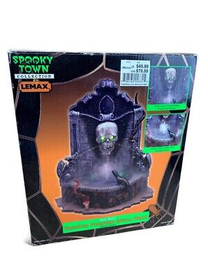2002 Lemax Spooky Town Haunted Fountain Skull Head Halloween Retired Works 24731