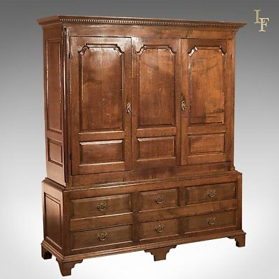 Georgian Antique Wardrobe, English Oak c1800