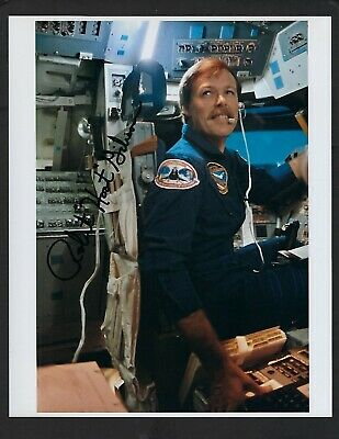 "Robert ""Hoot"" Gibson signed 8""x 10"" Photograph NASA Shuttle Astronaut"