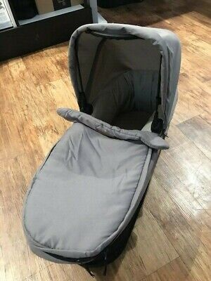 Mountain Buggy Duo Carrycot - Grey *WAS £124.99* *NOW £94.99*