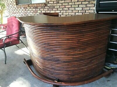 bamboo bar with 3 stools good condition