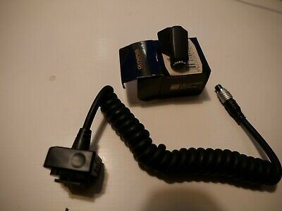 Olympus TTL Auto Cord Connector Type 3 and Cord With flash Mount
