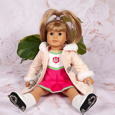 """American Girl Doll """"Truly Me"""" Green Eyes & Long Dirty Blonde Hair W/Skate Outfit"""