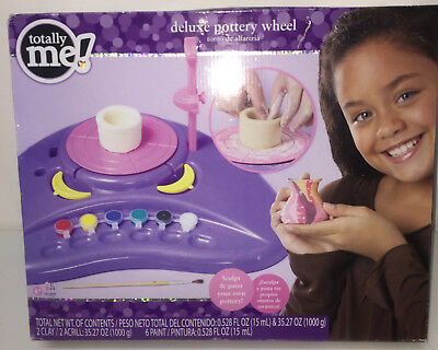 NIB 2009 Toys R US Totally Me Pottery Wheel w Foot Pedal & Accessories
