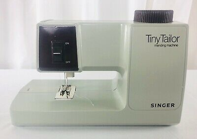 Singer Tiny Tailor Mending Sewing Machine Model M100A w/ Power Adapter & Box