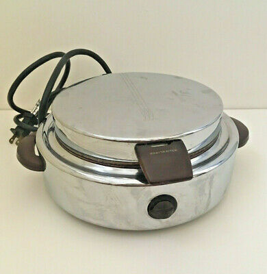 "Vintage 1930s Round 7"" Chrome Silver Toastmaster 2D2 Waffle Iron Maker Art Deco"