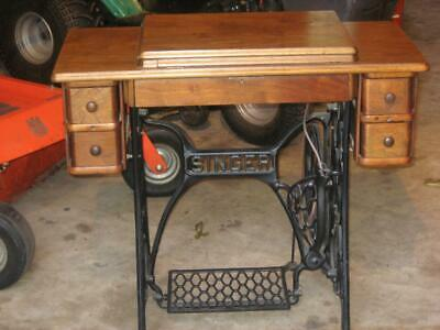 Beautiful Early 1900's Singer Treadle Sewing Machine Cabinet 15,66,27,127 + More
