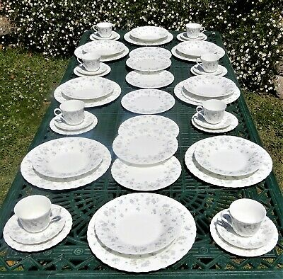 """Wedgwood """"April Flowers""""Dinner set for 8 persons 48 piece Complete service"""