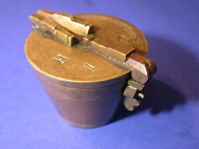 bg588, Bechergewicht, Gewicht, weight, brass, nested cup, scale, waage,Hamburg