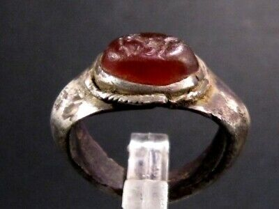 ROMAN PERIOD SOLID SILVER RING  w/ RED CARNELIAN *COCK & MOUSE* INTAGLIO ON TOP+