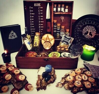 Spell Box, witch, witchcraft, wicca, celtic box, triskel