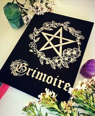 Grimorio green witch, libro delle ombre, witchcraft spells, book of shadows