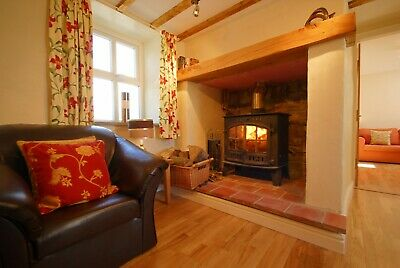 Holiday Cottage Anglesey North Wales Sleeps 6. Log Burner.2 nights November