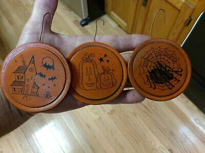 3 Round Halloween Ornaments Hand Painted Decoration Salem Collection