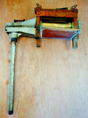Antique Anchor Brand No.1900 Z52SW Wringer with Clothes Washer Post Attachment