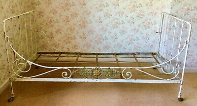 DELIGHTFUL FRENCH ANTIQUE WROUGHT  IRON FOLDING SINGLE DAY BED ORIGINAL 1900c