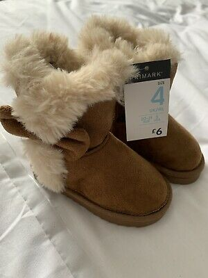 Primark Childrens faux Tan Uggs With bow, size 4