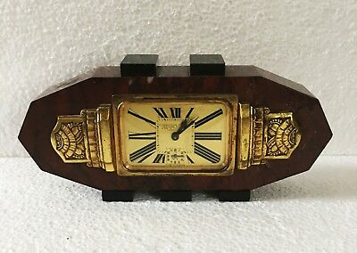 A 1920s French Art Deco mantle clock