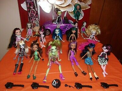 Lot Of 17 Monster/Ever After High Dolls And Scaris City Of Frights Car