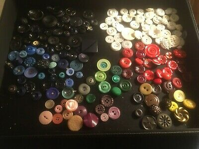 Nice Vtg-Now Lot Colorful Plastic Buttons - Floralish, Open Work, Sz Sm-Med 175