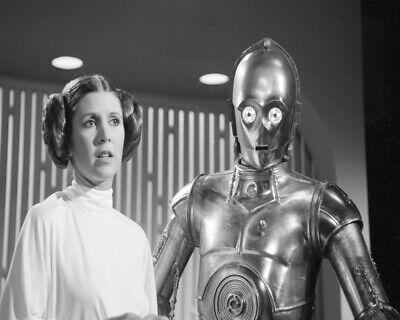 8x10 Princess Leia & C-3PO GLOSSY PHOTO photograph picture carrie fisher #2