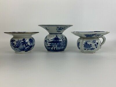Very Fine Antique Chinese 3 Piece Set of Blue & White Porcelain Pieces