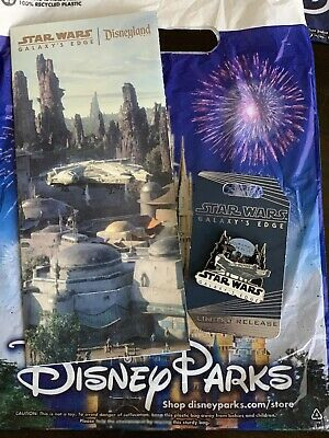 Disneyland Star Wars Galaxy's Edge Limited Release Opening Day Pin Map Bag Parks