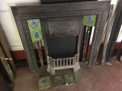 Original Victorian Tiled Cast Iron Fireplace Insert with Beautiful Tiles