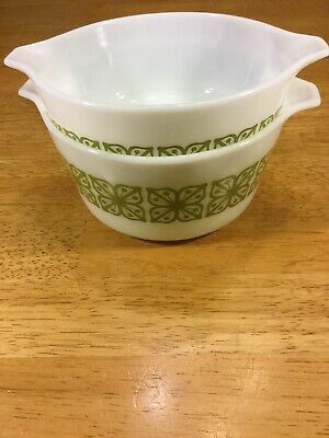 Vintage Pyrex SQUARE FLOWERS Avocado Green Round Casserole Dish Set of 2-No Lid