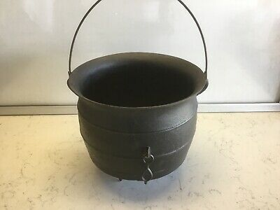 Antique CAST IRON 3-Footed Cauldron with Gate Mark