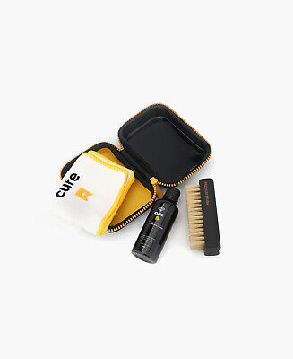 CREP PROTECT CURE Sneaker/Shoe CLEANING KIT (Travel case,Solution,Brush,Cloth)