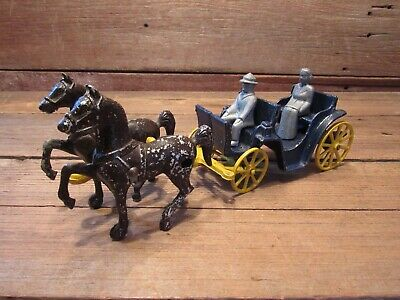 Vintage Stanley Toys Cast Metal Horse Drawn Carriage Buggy Wagon With Couple