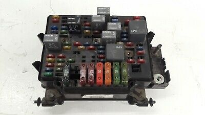 1999 2000 2001 2002 Chevy Silverado Fuse Box Relay Junction Block Unit Oem
