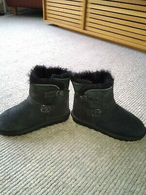 Black suede, fur lined girl's boots, size 1 immaculate condition. From Cost-co