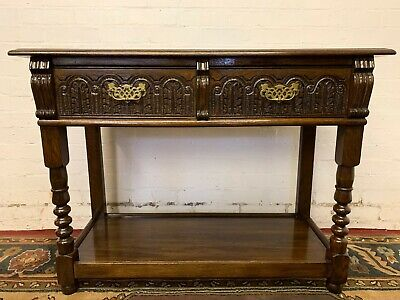 Outstanding Quality Solid Oak Carved Side Table/Dresser By Frank Pratt Of Derby