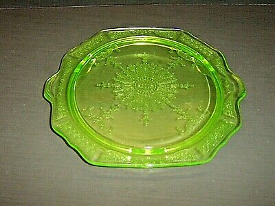 Anchor Hocking Princess Green Uranium Depression Glass 3 Toed Cake Plate Stand