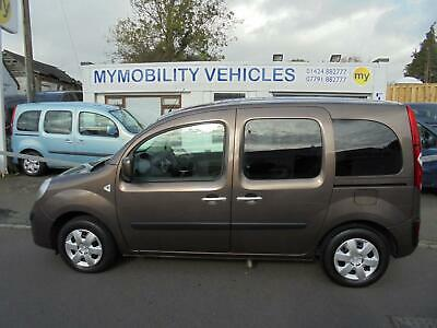 Renault Kangoo Expression Wheelchair Scooter Accessible Car WAV . 11000 MILES