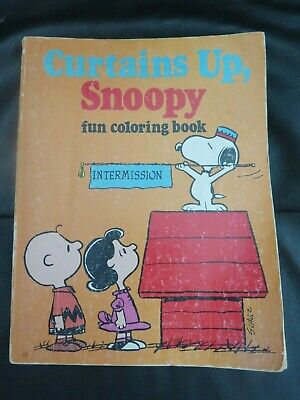 Rare Snoopy 1980 Colouring Book - Curtains Up, Snoopy Peanuts Schulz